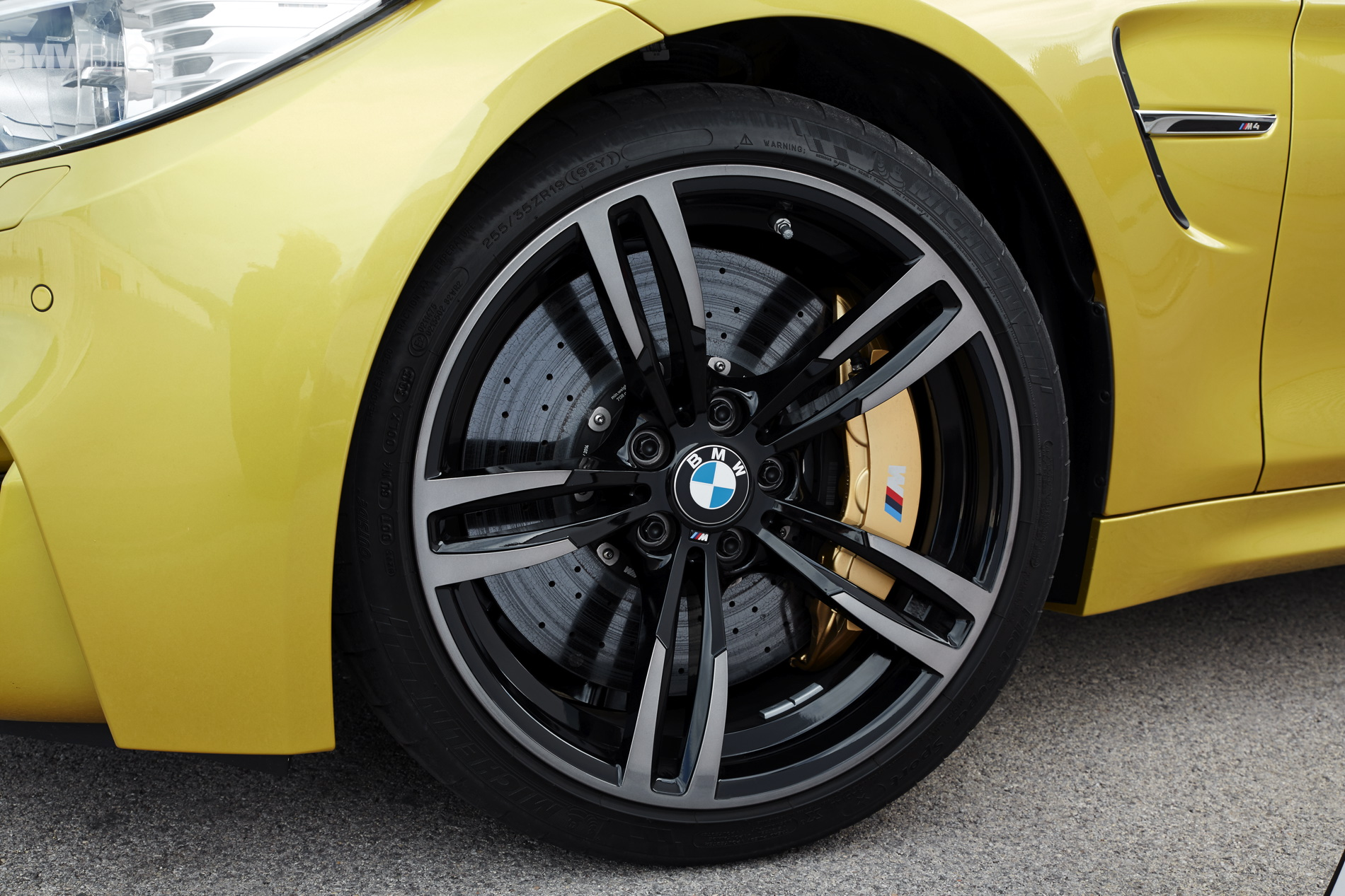 Bmwblog Reviews The Michelin Pilot Super Sport