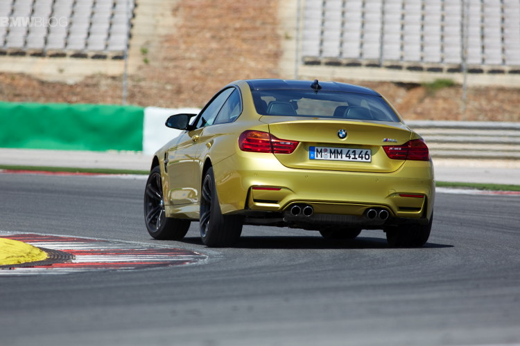 2015-bmw-m4-coupe-test-drive-58