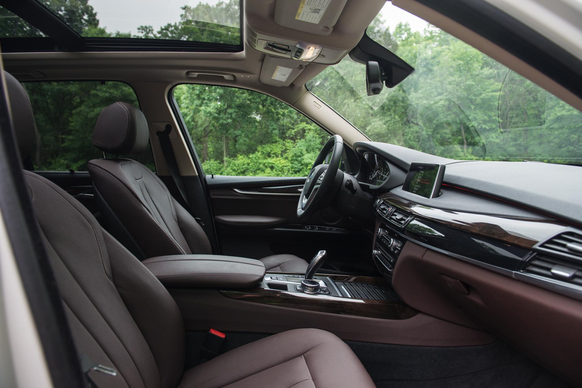 2017 Bmw X5 Xdrive35i Test Drive 33