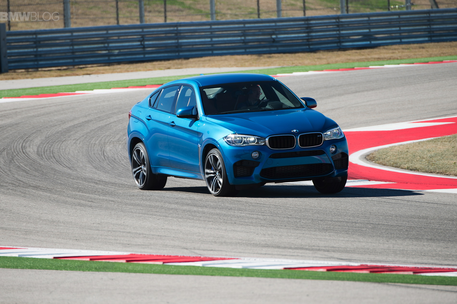 2015 bmw x6 m race track images 25
