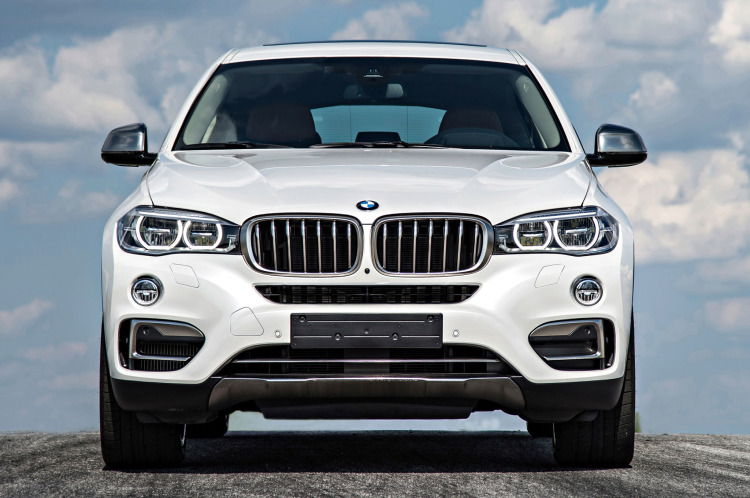 2015 bmw x6 xdrive50i front view 1 750x498