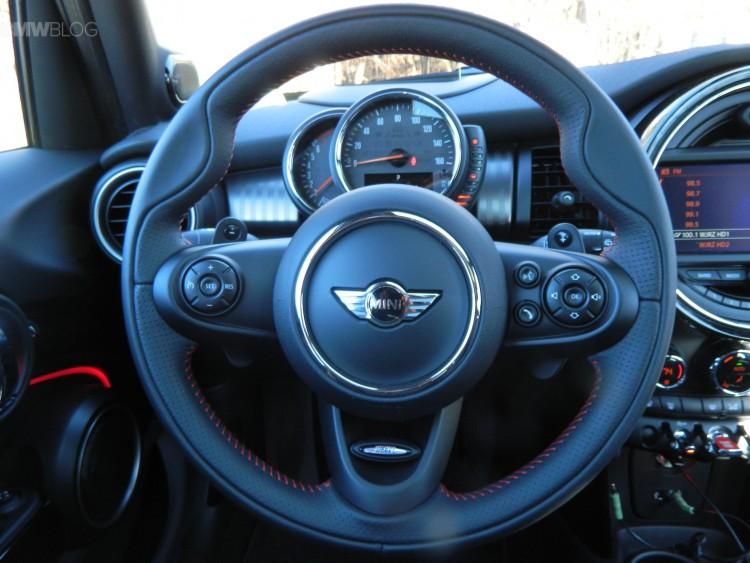 2015-mini-cooper-s-test-drive-07
