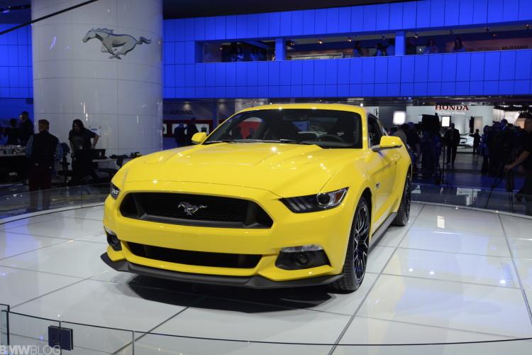 2015 mustang detroit auto show 02 750x500