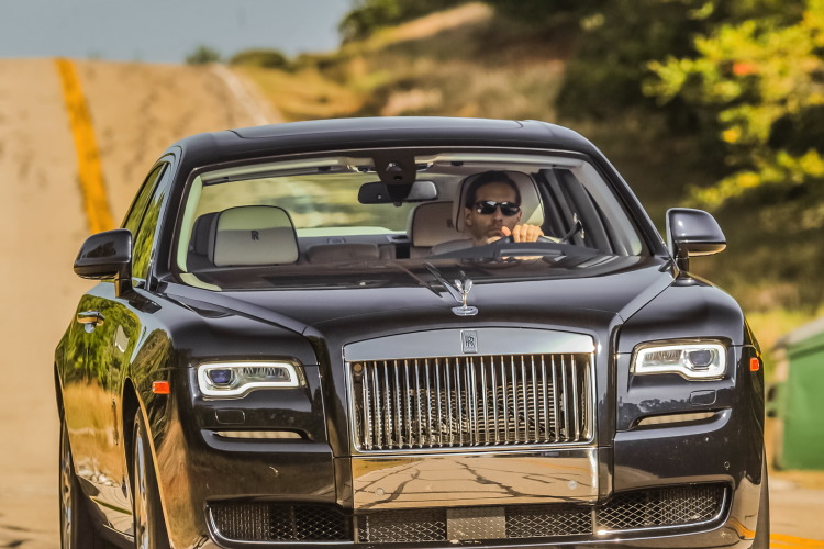2015 rolls royce ghost series II test drive 25 750x500