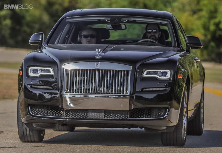 2015-rolls-royce-ghost-test-drive-28