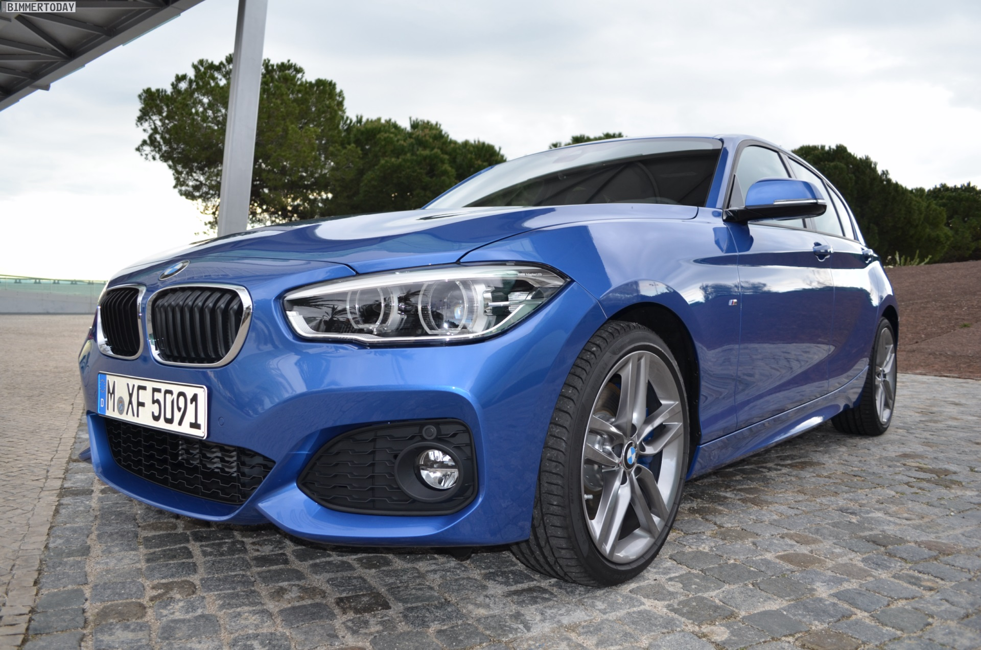 2015 Bmw 1 Series Facelift With M Sport Package In Estoril Blue