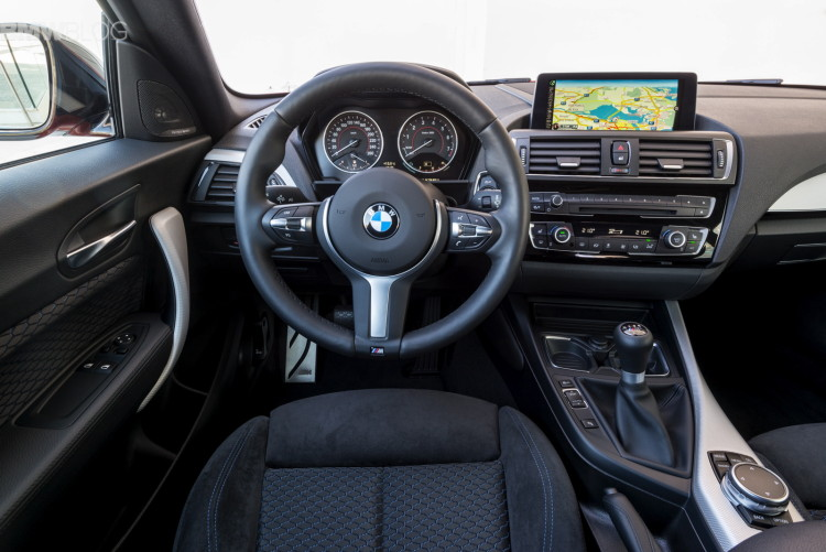 2015 bmw m135i interior images 02 750x501