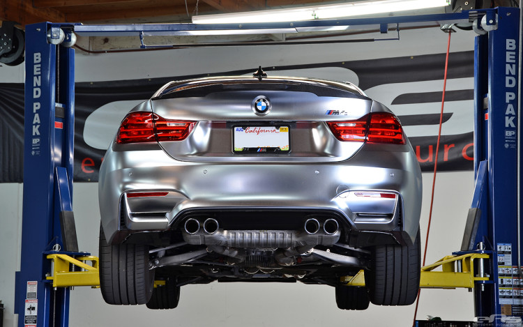 A BMW M4 Looks Interesting In Matte Chrome 1 750x469