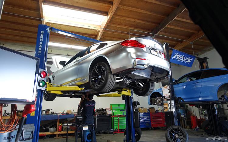 A BMW M4 Looks Interesting In Matte Chrome 6 750x469