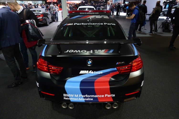 BMW M4 Coupe F82 Safety Car MotoGP Genf Autosalon 2015 LIVE 10 750x500