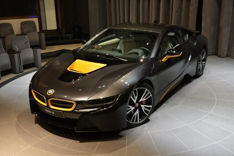 BMW i8 Folierung Gelb Grau Abu Dhabi 06 750x500