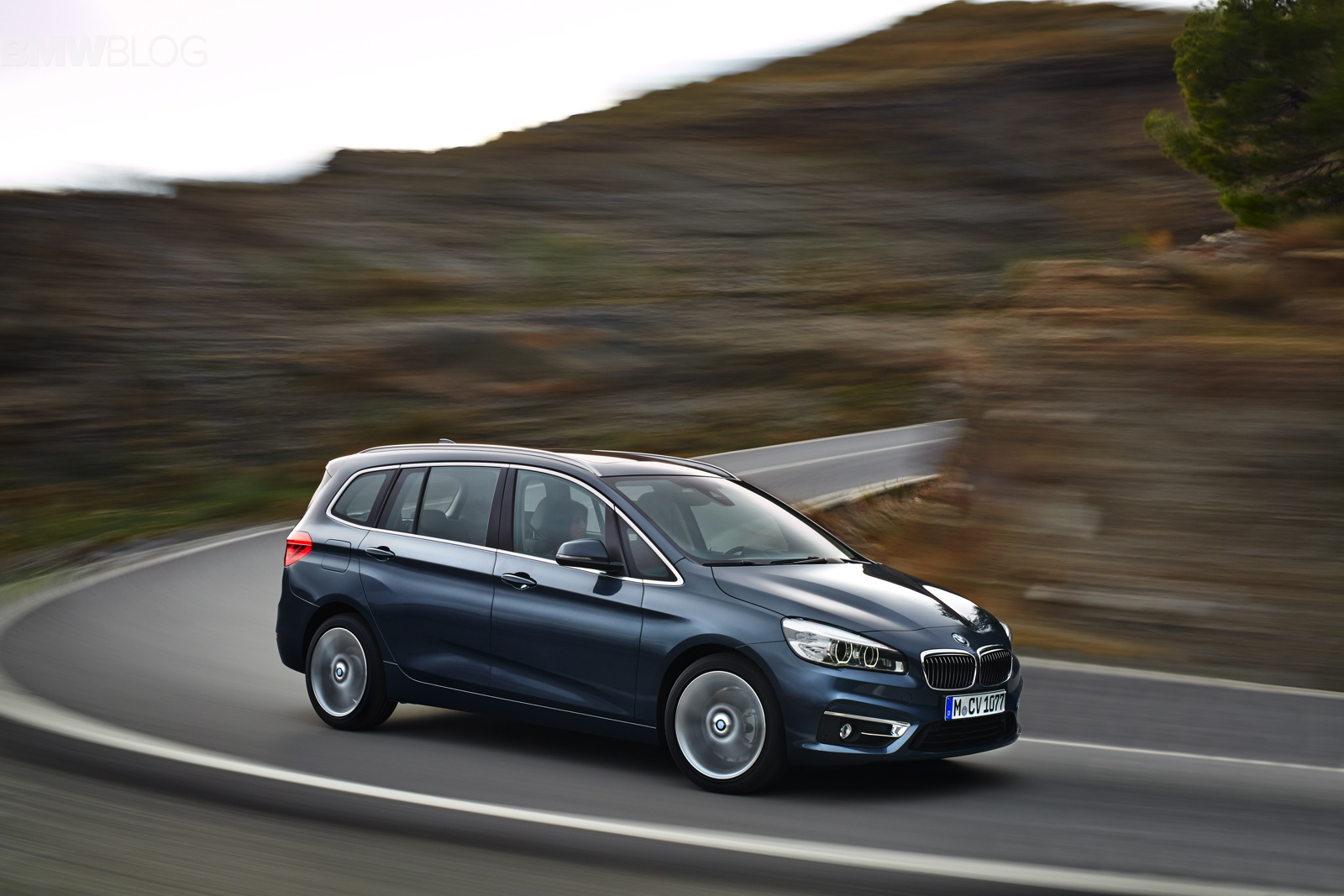 First Drive 2016 Bmw 220d Xdrive Gran Tourer