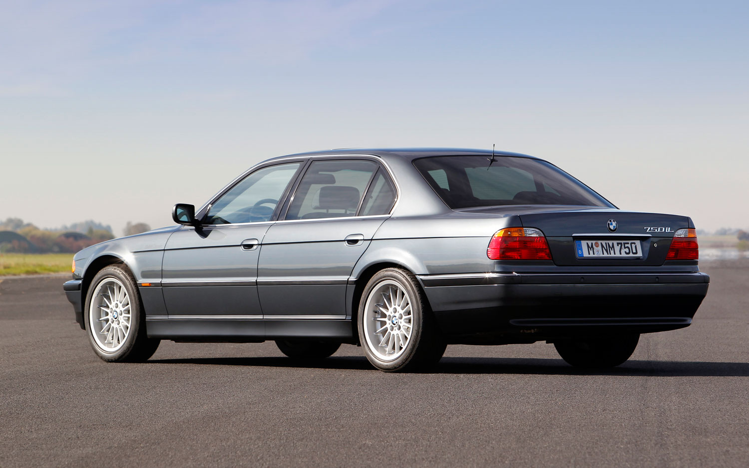 New Bmw 7 Series >> BMW History: E38 7 Series