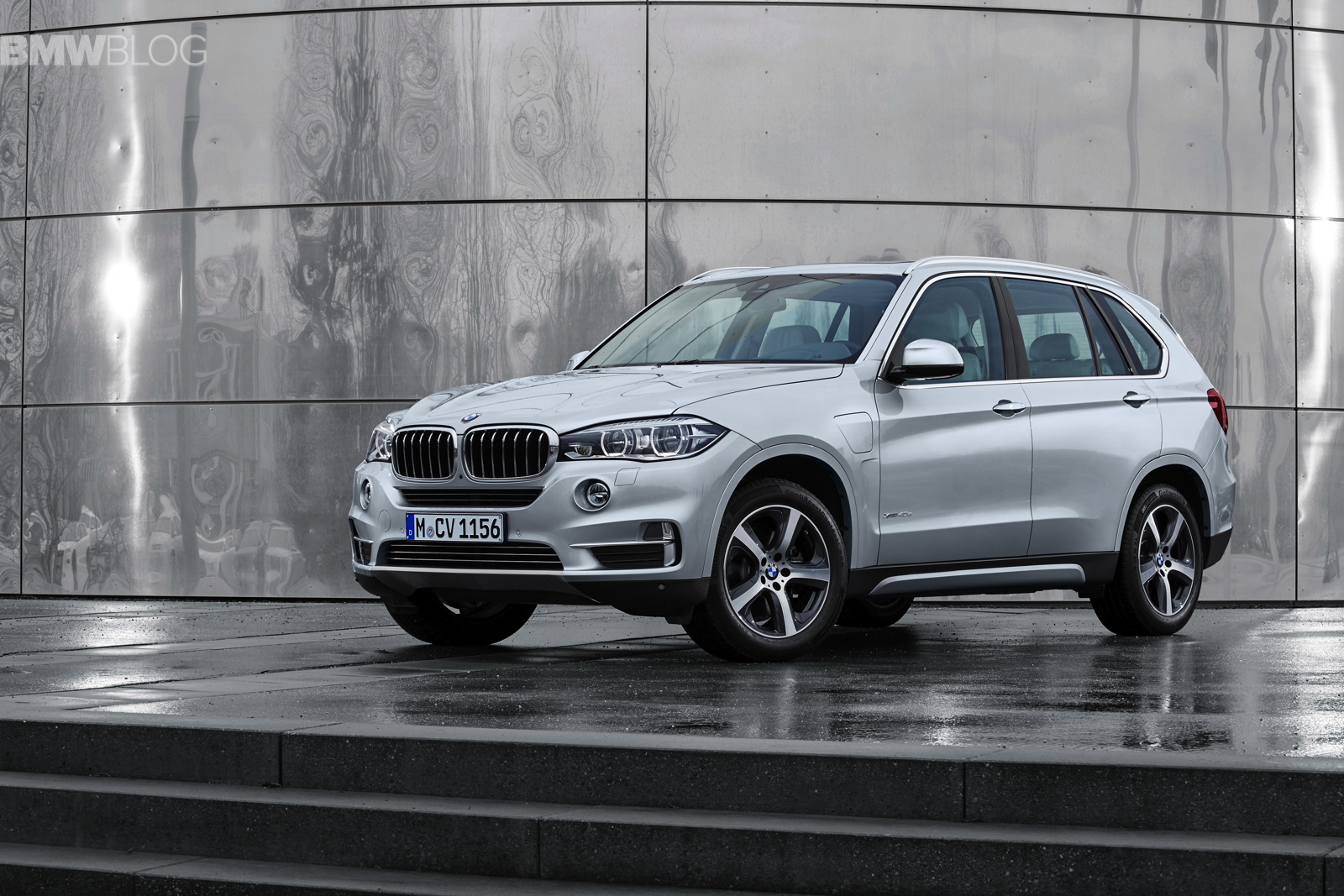 Bmw Plant Spartanburg >> World Premiere: BMW X5 xDrive40e Hybrid