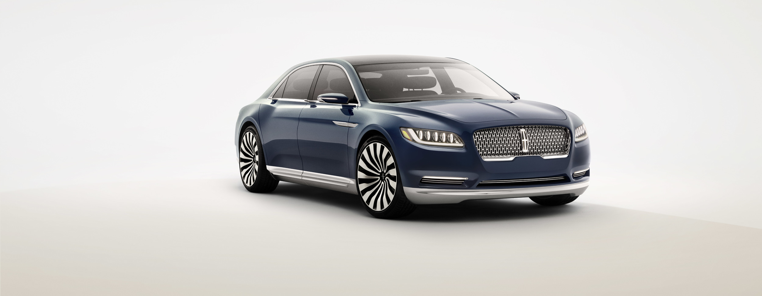 lincolncontinentalconcept 04 front 1