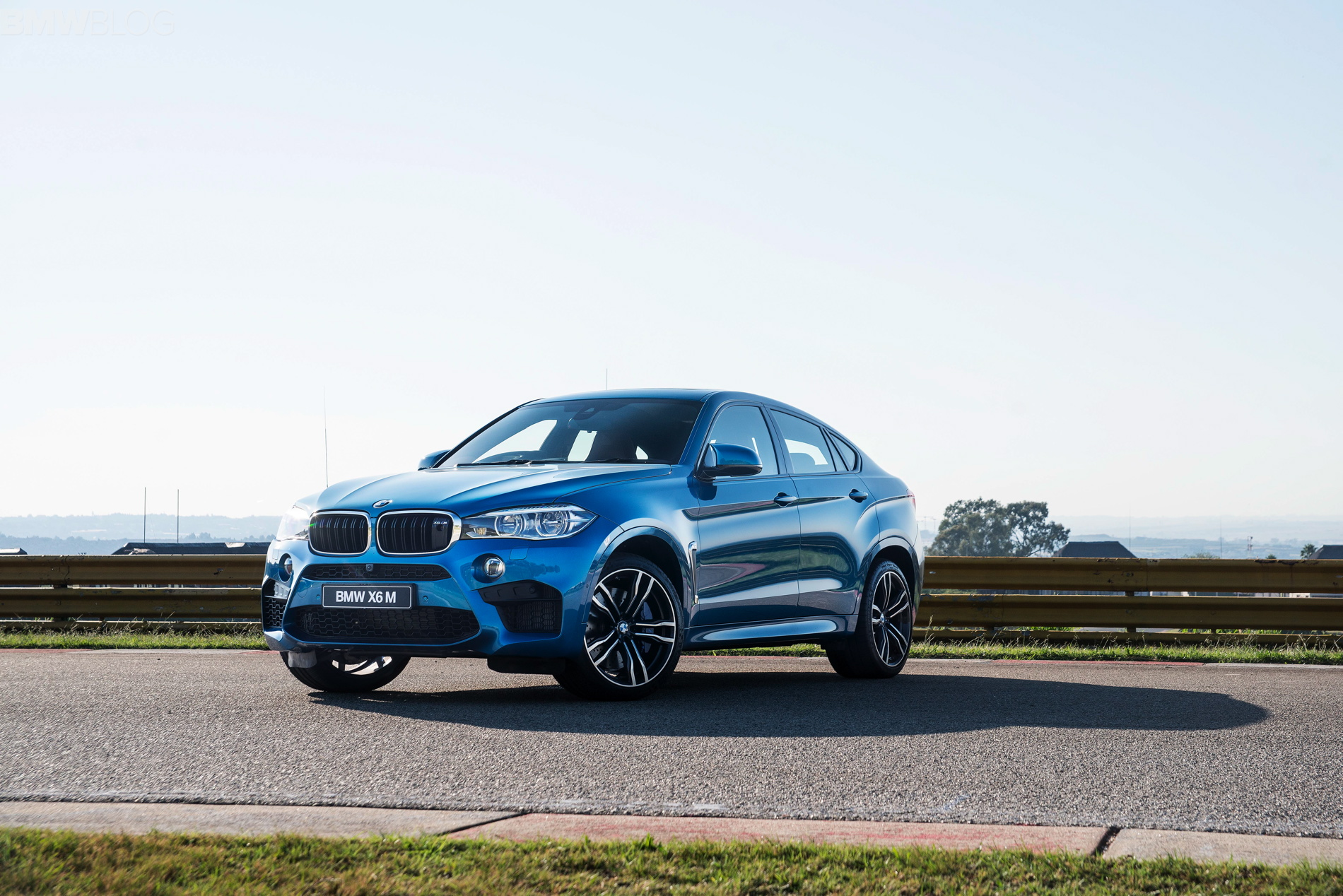Video Bmw X6 M Vs Mercedes Amg Gle63 Coupe S