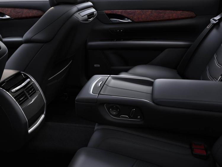 2016 Cadillac CT6 021 750x563