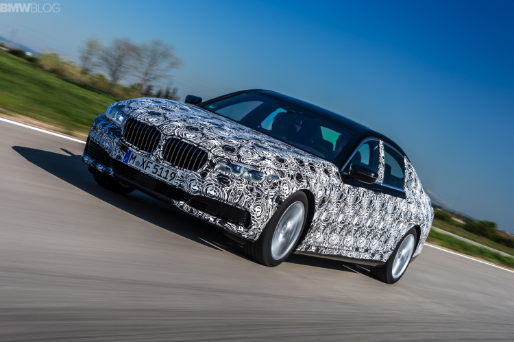 2016-bmw-7-series-test-drive-12