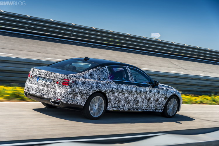 2016-bmw-7-series-test-drive-41
