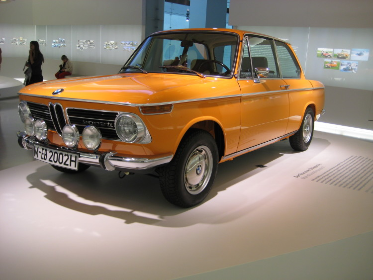 BMW 2002 ti 750x563