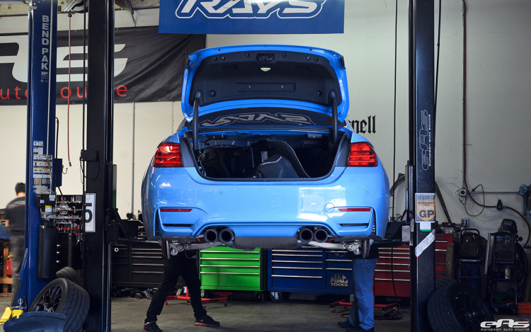 JRZ RS Pro Coilovers Installed On A Yas Marina Blue M4