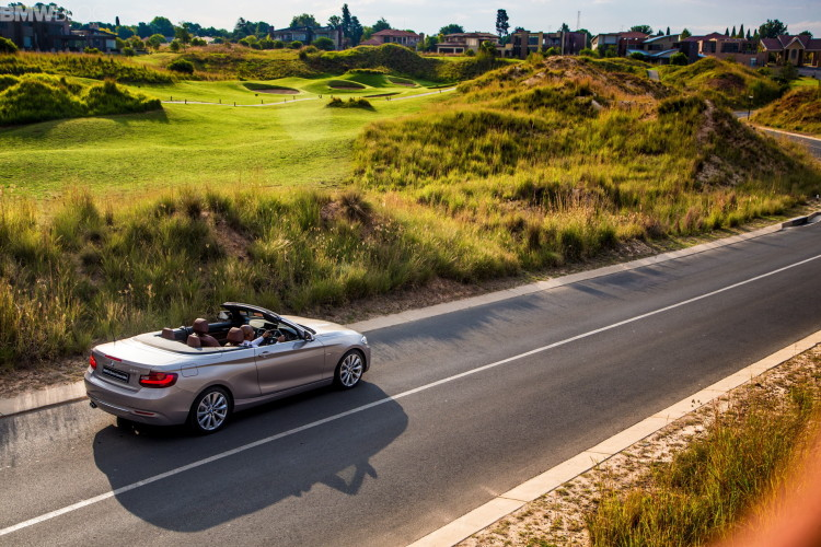 bmw 2 series convertible Moonlight Silver 47 750x500