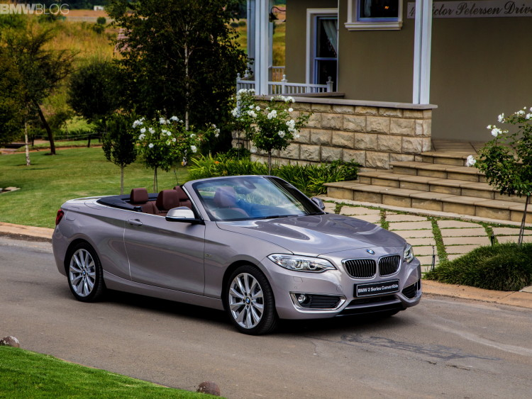bmw 2 series convertible Moonlight Silver 48 750x563