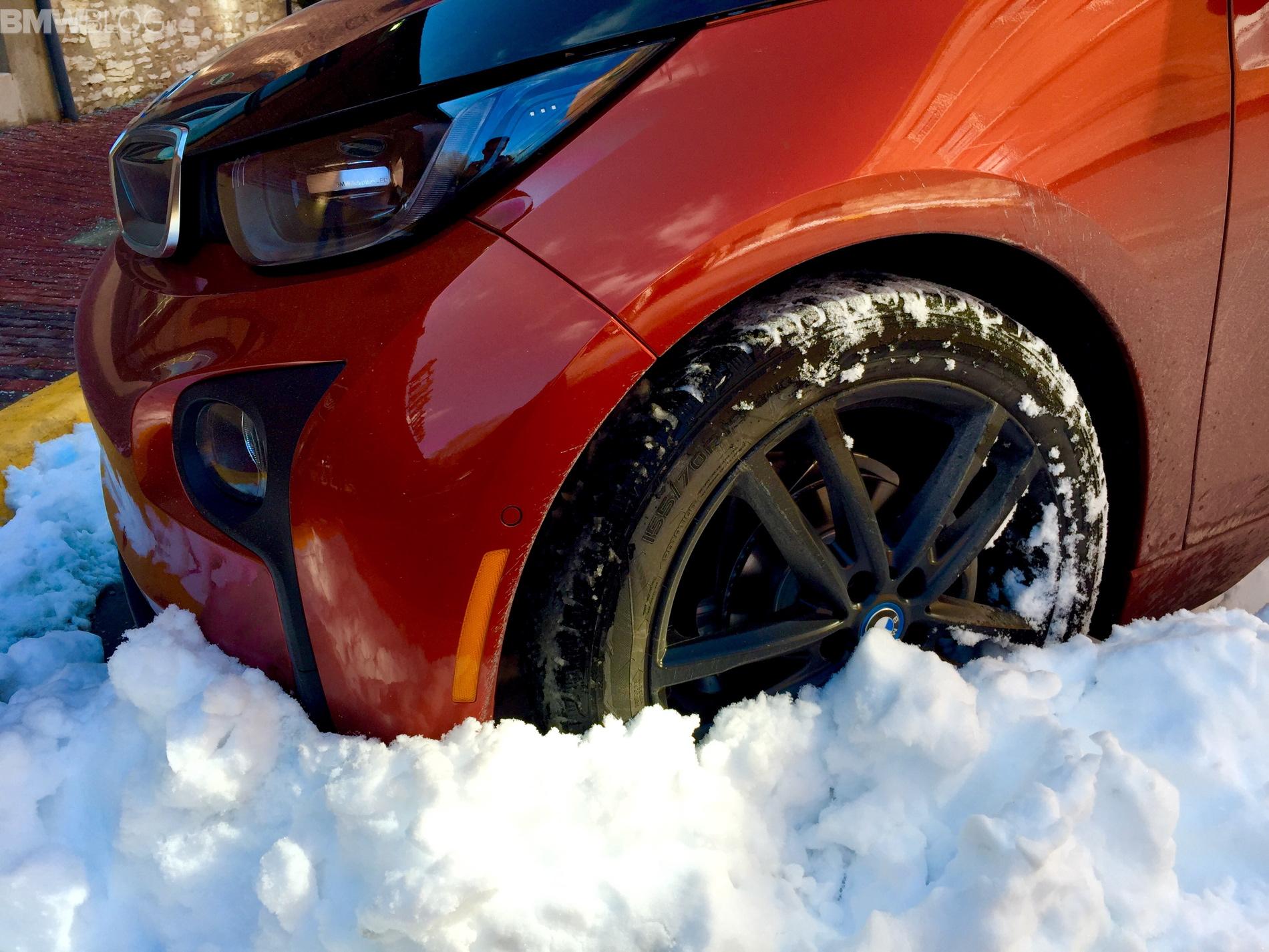 BMW i3 Winter Tires Review Bridgestone Blizzak LM 500 vs Nokian