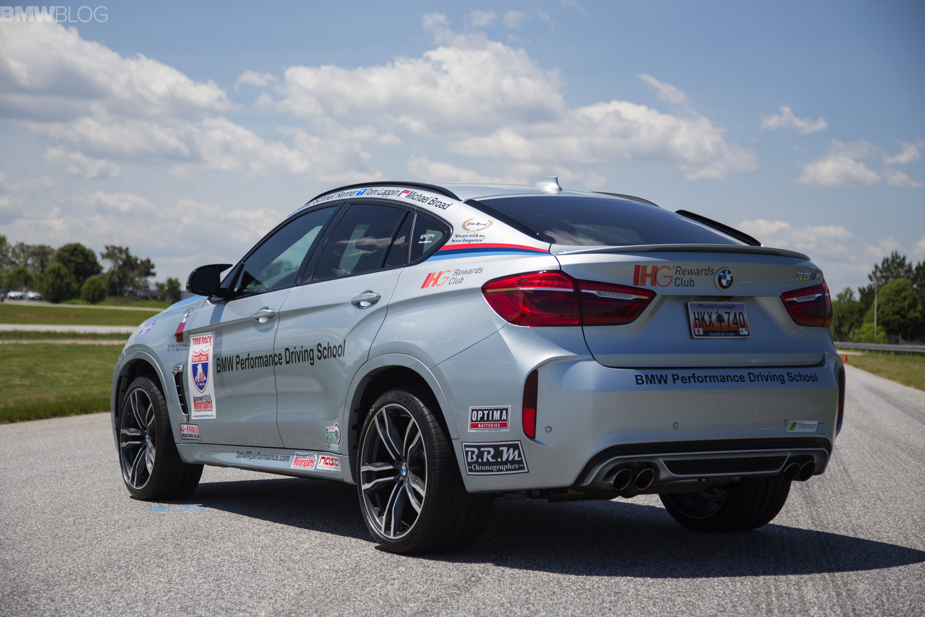 2015 Bmw X6 M To Compete In 2015 One Lap Of America