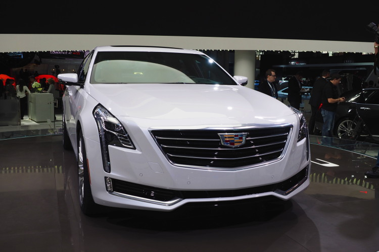 cadillac ct6 new york auto show images 11 750x500