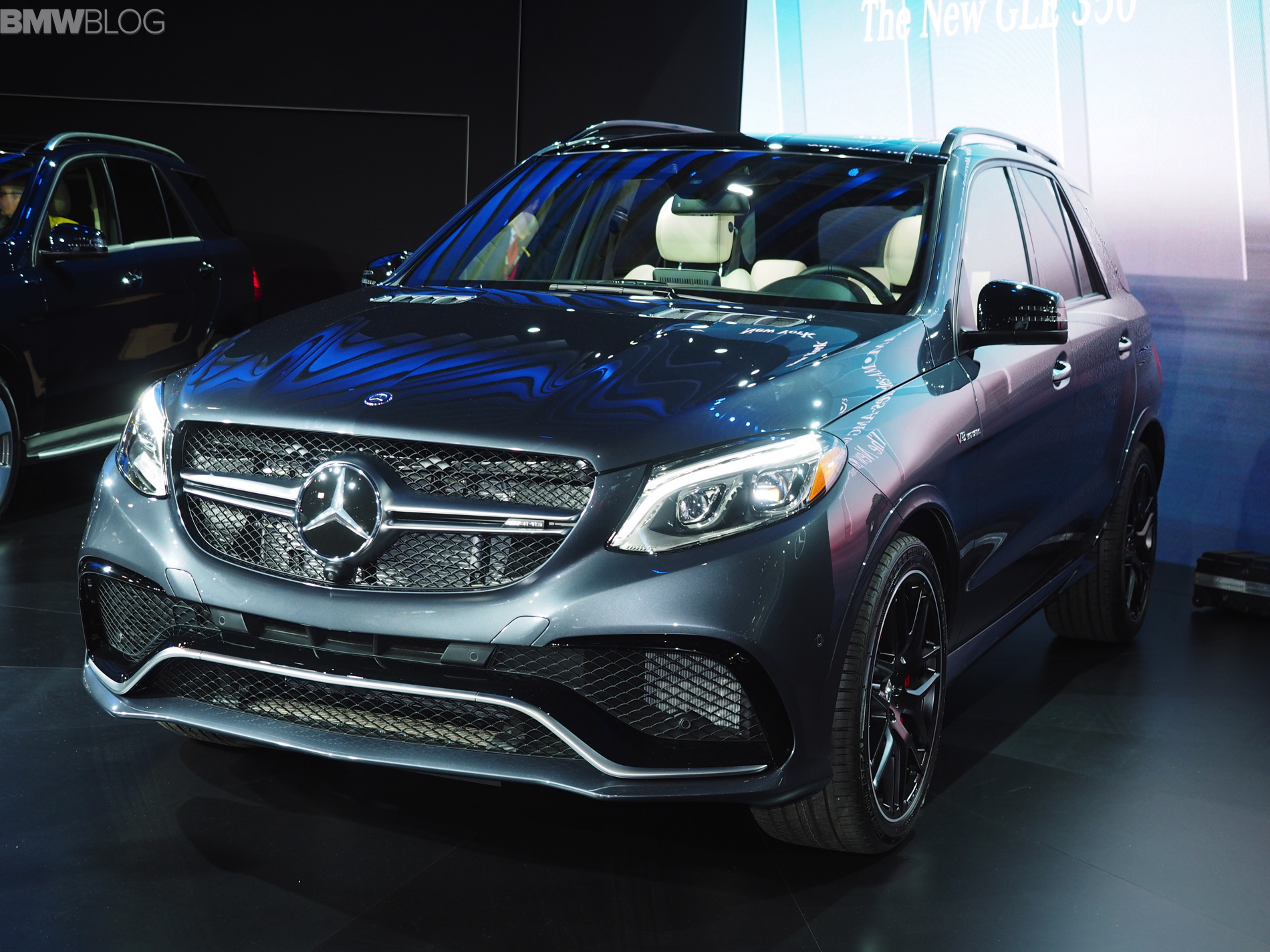 2015 nyias mercedes benz gle class world debut. Black Bedroom Furniture Sets. Home Design Ideas