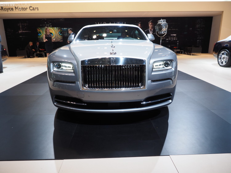 rolls royce wraith inspired by film images nyias 02 750x563
