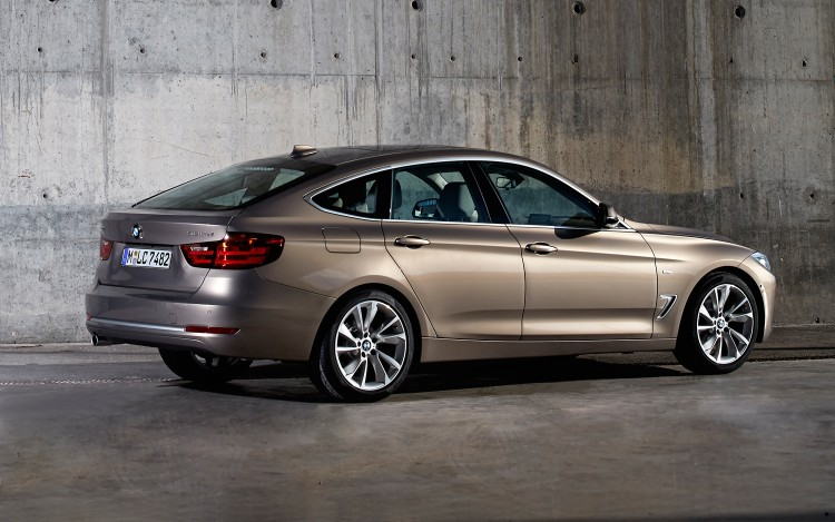 2014-Bmw-3-Series-Gran-Turismo-Rear-Three-Quarter-Static