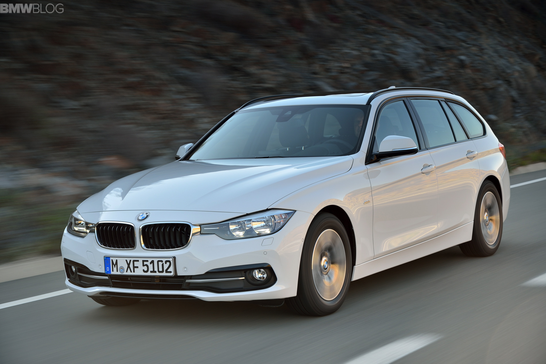 2015 bmw 3 series touring images 01