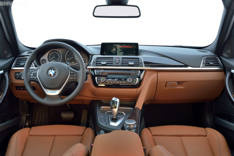 2015 bmw 3 series touring images 40 750x500