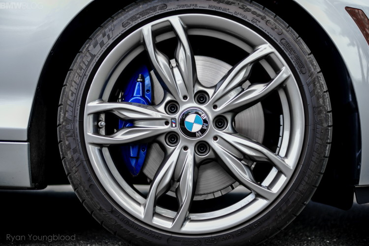2015-bmw-m235i-xdrive-test-drive-1900x1200-17