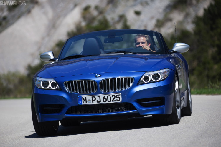 2015 bmw z4 estoril blue 1900x1200 images 58 750x500