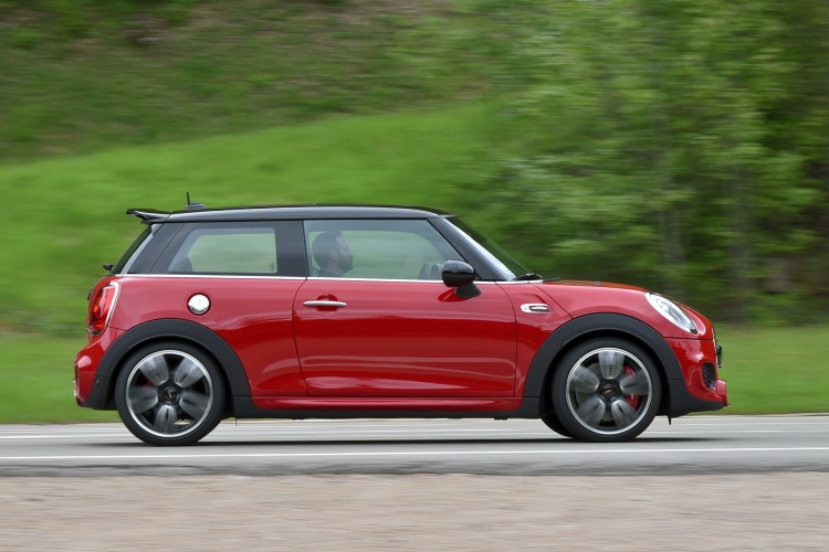 2015 mini john cooper works images 1900x1200 18 750x500