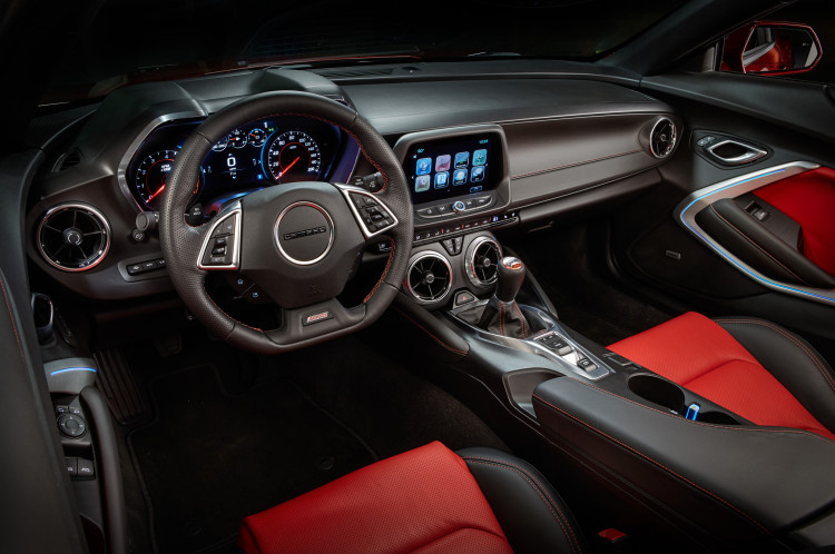 2016-chevrolet-camaro-interior-view