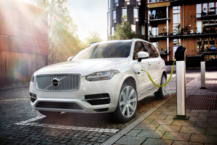 2016 volvo xc90 t8 twin engine plug in hybrid images 750x500