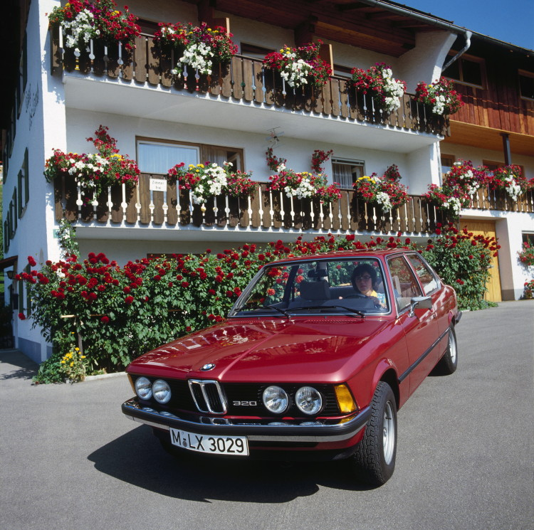 40-years-bmw-3-series-images-29
