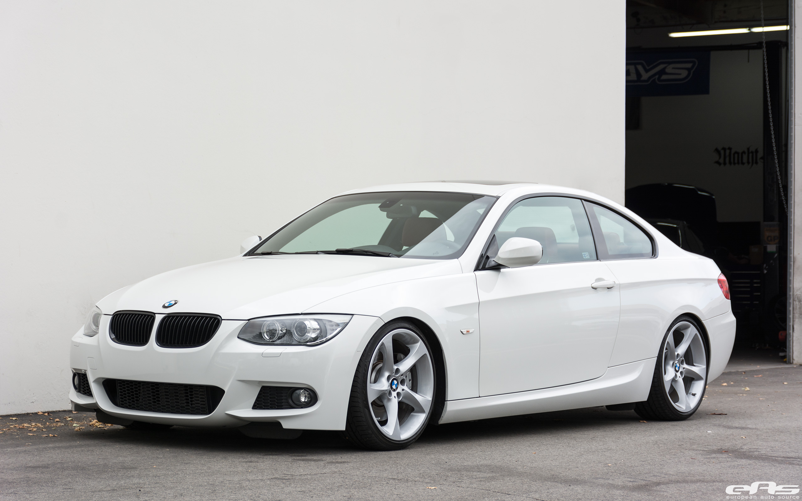 Alpine White Bmw E92 335i Gets A Suspension Update