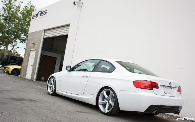 Alpine White BMW E92 335i Gets A Suspension Update 4 750x469