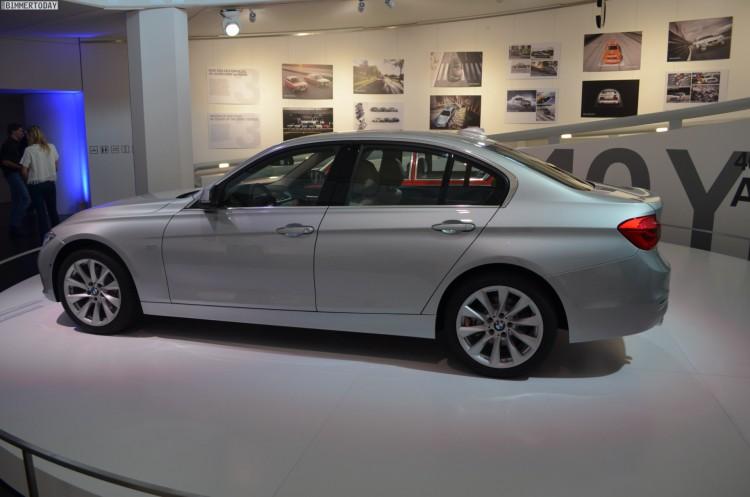 BMW 3er Facelift 2015 330i F30 LCI Glacier Silber 06 750x497