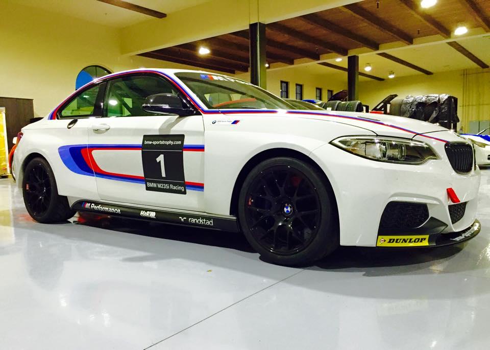 bmw m235i racing car usa
