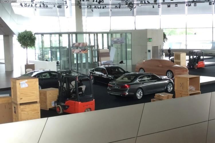 BMW-7er-2015-G11-G12-BMW-Welt-01