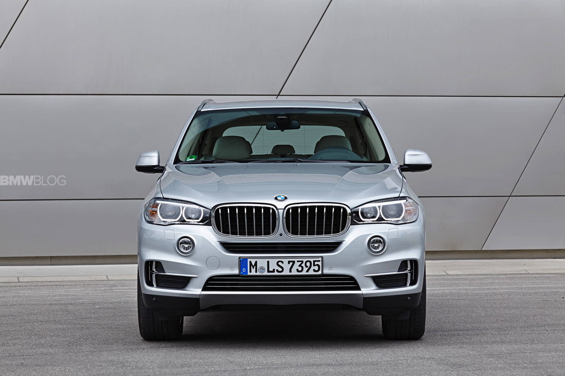 BMW X5 eDrive plug in hybrid 1900x1200 75