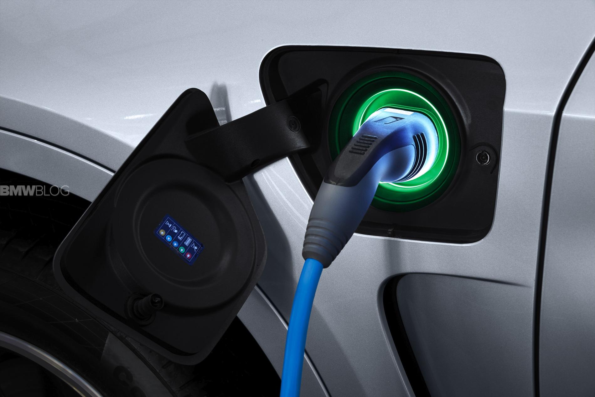 BMW X5 eDrive plug in hybrid 1900x1200 89