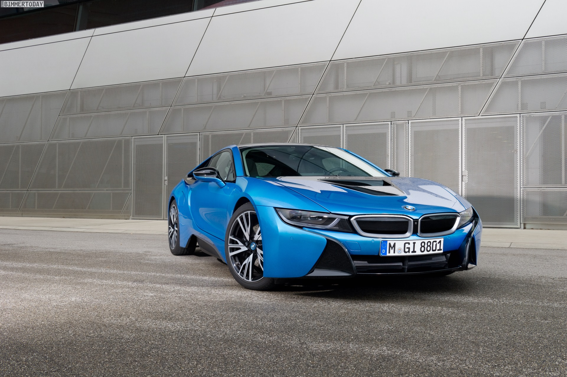 Bmw I8 Protonic Blue Color No Longer Offered
