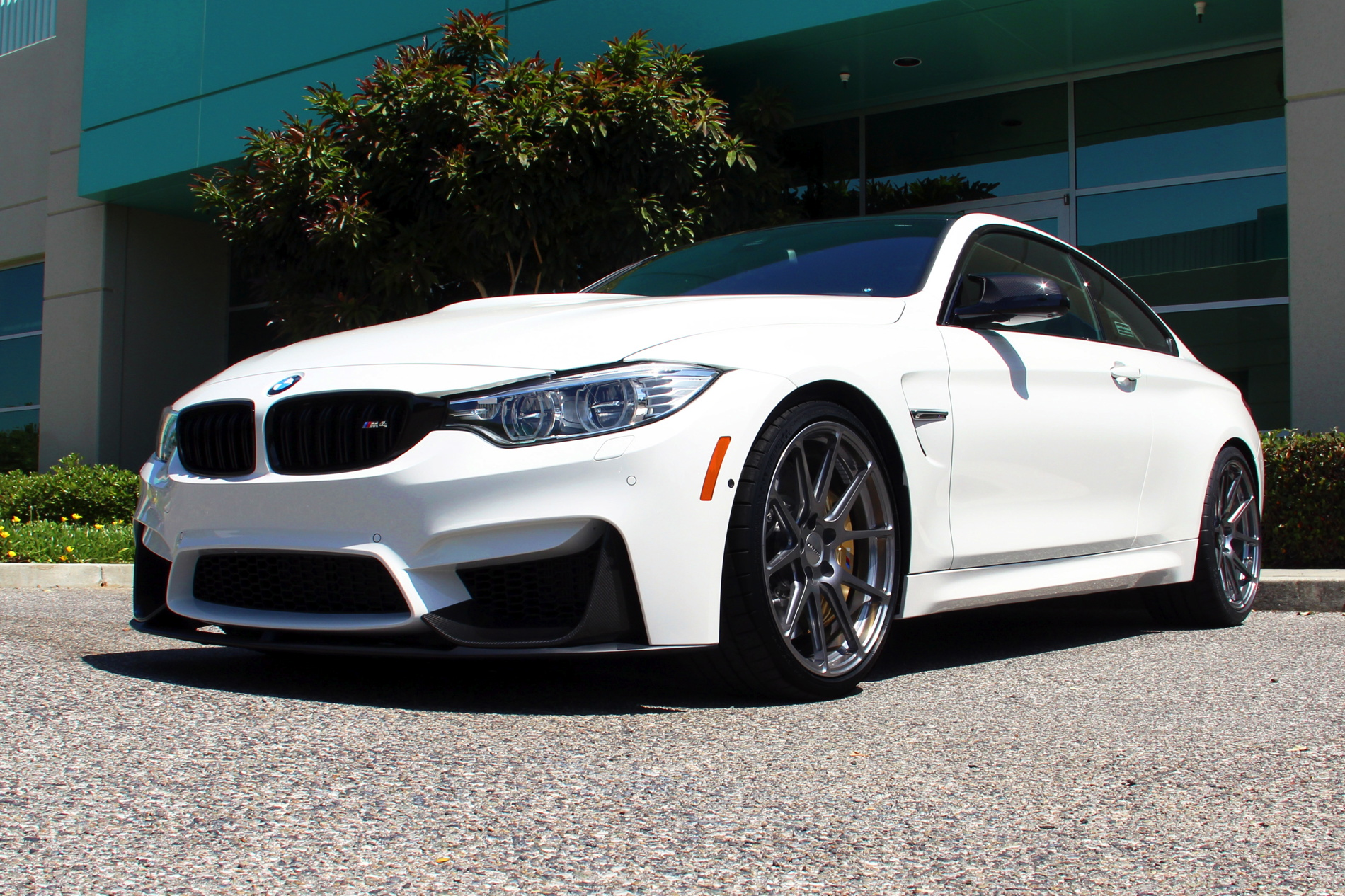 Bmw Cca Will Raffle A Special Dinan Club Edition Bmw M4 Coupe